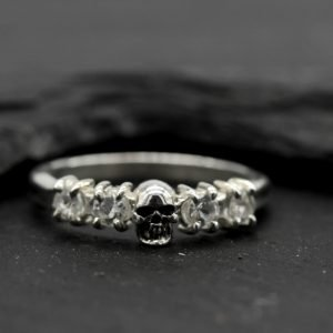 Skull Wedding Ring set with White Topaz