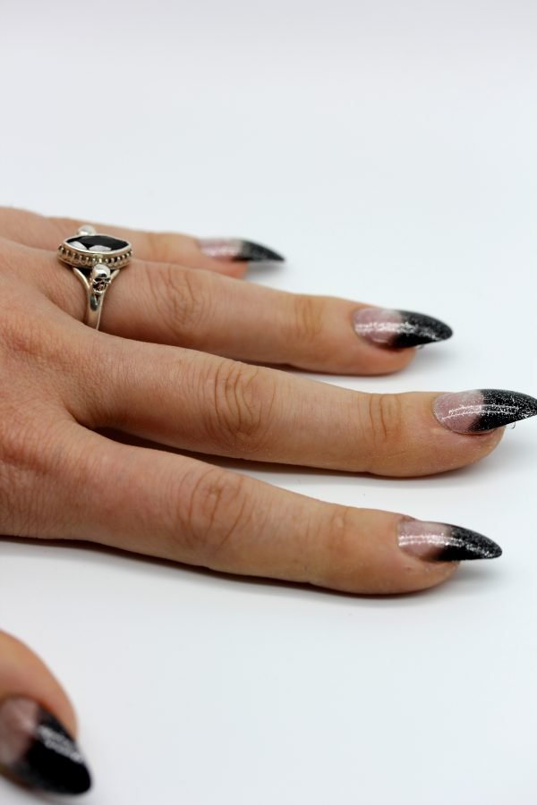 Gothic Ring set with Onyx